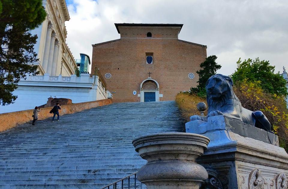 Conosciamo roma la scalinata dell 39 ara coeli romaeasy - Vendere casa popolare riscattata ...
